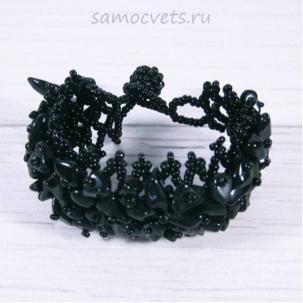 Плетенный браслет чёрный агат и бисер