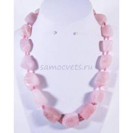 Бусы натуральный Розовый кварц Необработанный камень