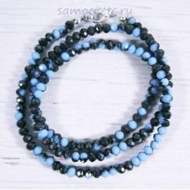 Чёрно - голубые (под опал) бусы из хрусталя шар огран. 4 мм 48 см