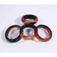 Кольцо из камня черно-оранжевый агат 5 мм