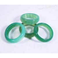 Кольцо из камня светло-зелёный агат 5 мм