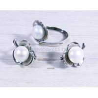 Комплект с жемчугом кольцо - серьги