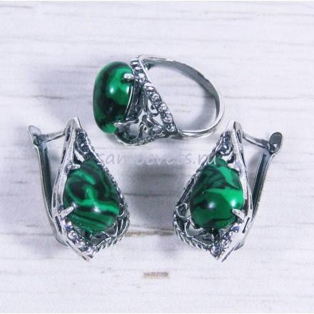 Комплект из Малахита кольцо + серьги