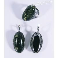 Комплект с зелёным янтарём искусств. Виктория - винтажный