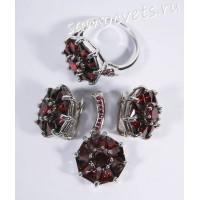 Комплект серьги + кольцо + кулон циркон (под гранат)