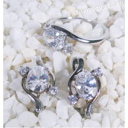 Комплект с белыми кристаллами - скромность