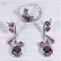 Комплект с красными кристаллами - Гулия