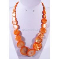 Колье из ярко - Оранжевого Перламутра Сувар