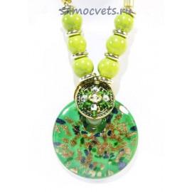 Кулон из Муранского стекла на шнурке из биссера круг Зелёный