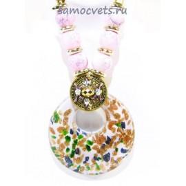 Кулон из Муранского стекла Бело - Розовый на шнурке из биссера круг