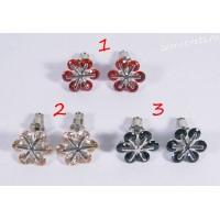 Гвоздики с Цирконом цветок 6 лепестков